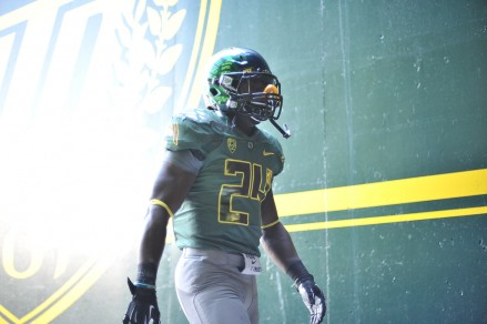 Kenjon Barner making his way to the field