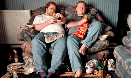 Couch-potatoes-two-men-wa-001