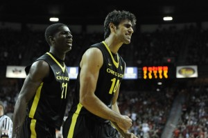 NCAA Basketball: Global Sports Classic-Oregon vs UNLV