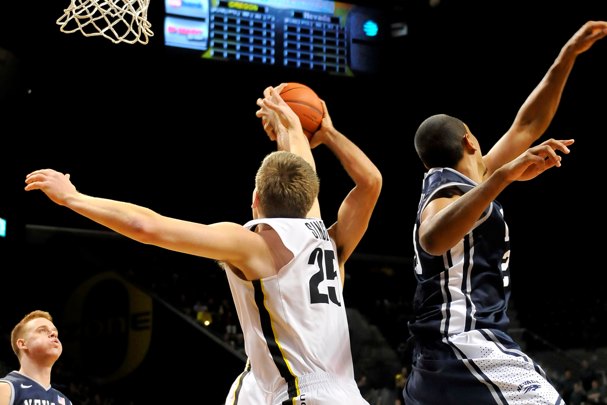 Final Oregon Ducks non- conference game against the Nevada Wolf Pack