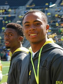 Commit Darren Carrington taking in an Oregon game