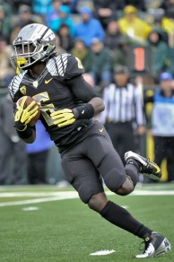 "De'Anthony Thomas, who stands in at a mere 5'9"", 180 pounds, shows that small, speedy players can succeed in a college football landscape that has an increasing emphasis on size."