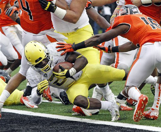 Kenjon Barner wants YOU to root for Oregon.