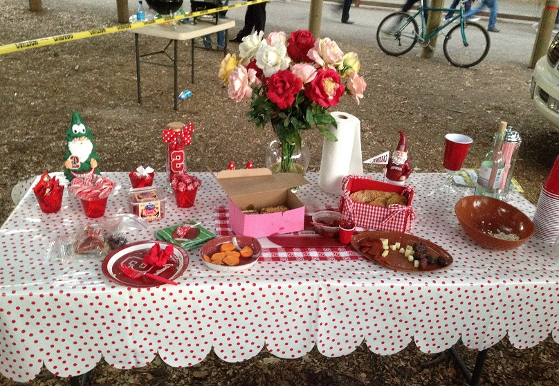 A typical Stanford tailgate placesetting