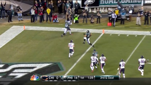Brent Celek high steps into the end zone