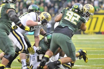 Oregon should focus on the D-Line during the 2015 recruiting cycle.