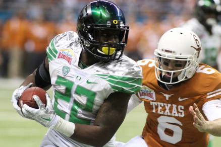 Derrick Malone returns interception for TD in Alamo Bowl.