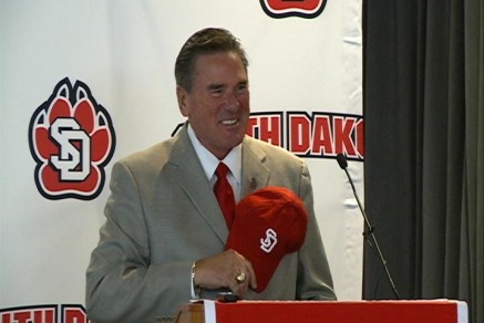 South Dakota head coach Joe Glenn, photo courtesy KITV.com