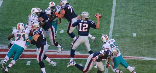 1280px-Tom_Brady_and_the_Miami_Dolphins