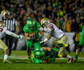 Thomas Tyner Powering Through The Middle Of The FSU Defense