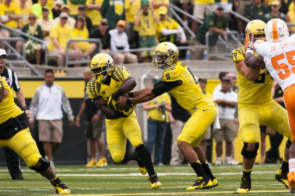 Mariota operating out of the efficient spread offense