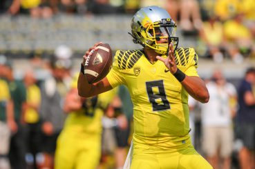 Mariota mocked the meaning of stars coming out of high school and deserves to have cats named after him.