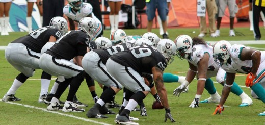 Oakland_offensive_line_-_Miami_Dolphins_vs_Oakland_Raiders_2012