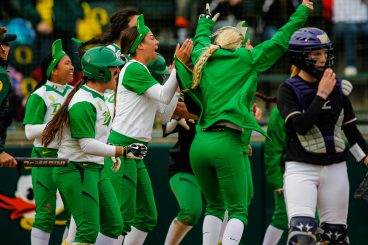 Ducks celebrating last year in game against the Washington Huskies.