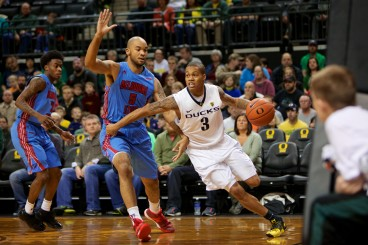 Joe Young led the Pac-12 in scoring this season. Averaging 19.8 points per game.