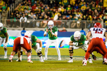 Jeff Lockie getting playing time late in the Pac-12 Championship Game