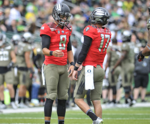 Lockie has had the opportunity to learn from the greatest quarterback in Oregon history.