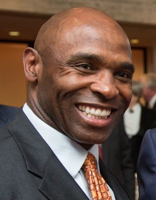 Charlie Strong is the head coach that lured Locke away from Oregon