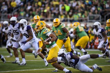 Zack Brown was not the first or last to lose Mariota due to his speed.