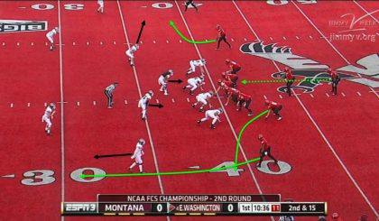 Out of a very similar formation as the previous play, the Eagles pass.