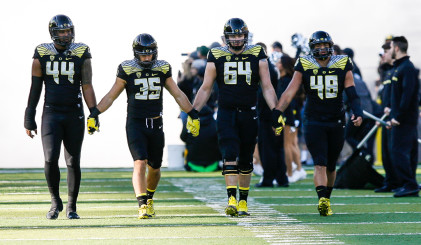 Oregon fans can be happy with the way the Ducks finished this season, despite the lack of a repeat appearance in the College Football Playoff.