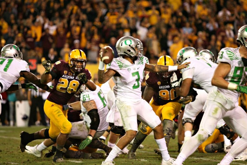 Vernon Adams final three passes went for touchdowns in Oregon's 61-55 victory over Arizona State.